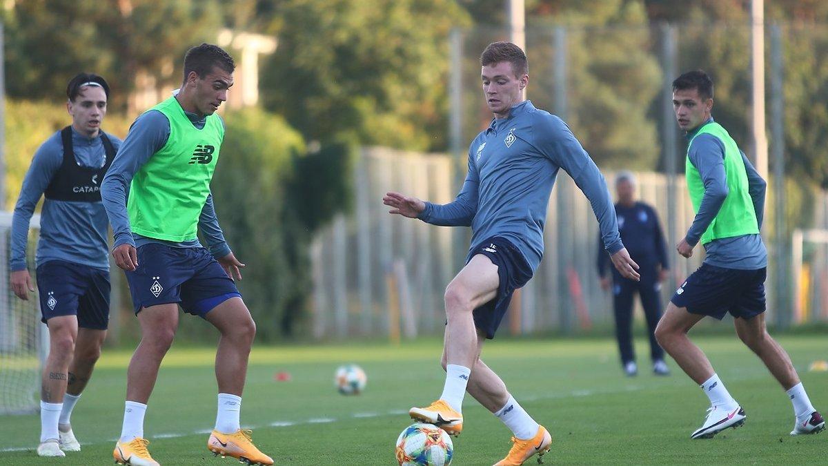 Динамо объявило заявку на матч Лиги чемпионов против АЗ – несколько именитых игроков вне списка