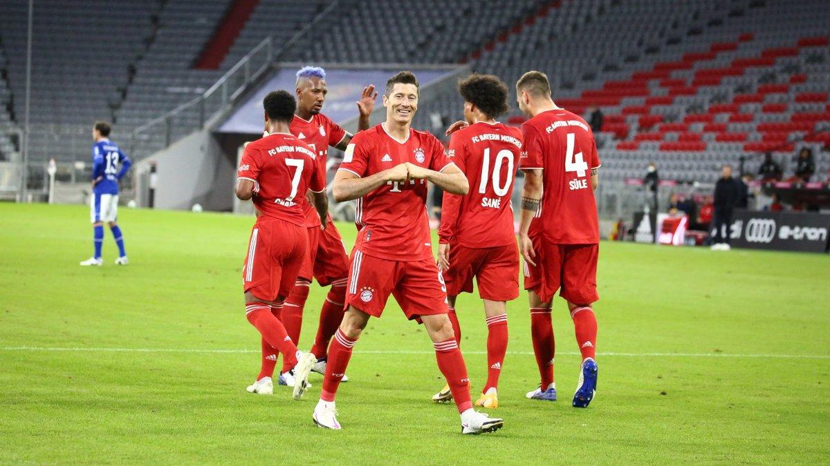 Баварія зґвалтувала Шальке у матчі-відкритті Бундесліги – Гнабрі оформив хет-трик, Лєвандовскі створив шедевр