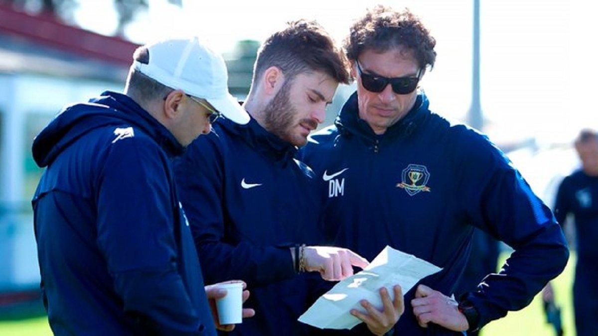 СК Дніпро-1 втратив італійського тренера через конфлікт з Михайленком – наставник став на бік ветеранів команди