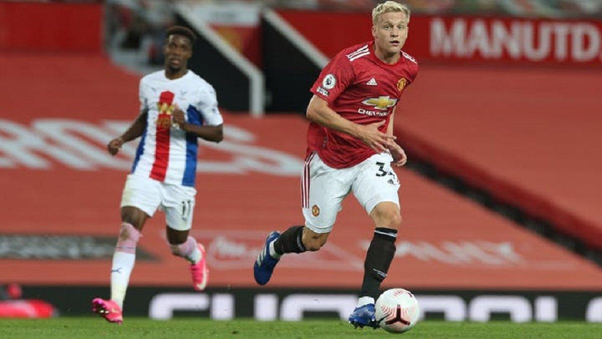 Ван де Беек оценил свой дебют за Манчестер Юнайтед – хавбек стартовал с поражения