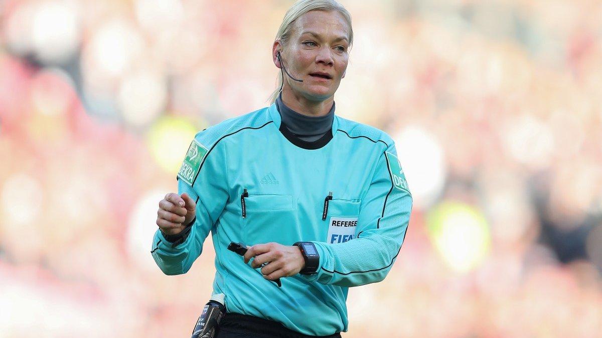 Борусія Д – Баварія: Der Klassiker стане прощальним матчем для легендарної жінки-арбітра