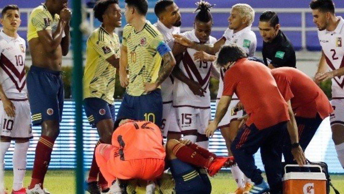 Аріас зазнав жахливої травми у матчі відбору до ЧС-2022 – моторошне відео