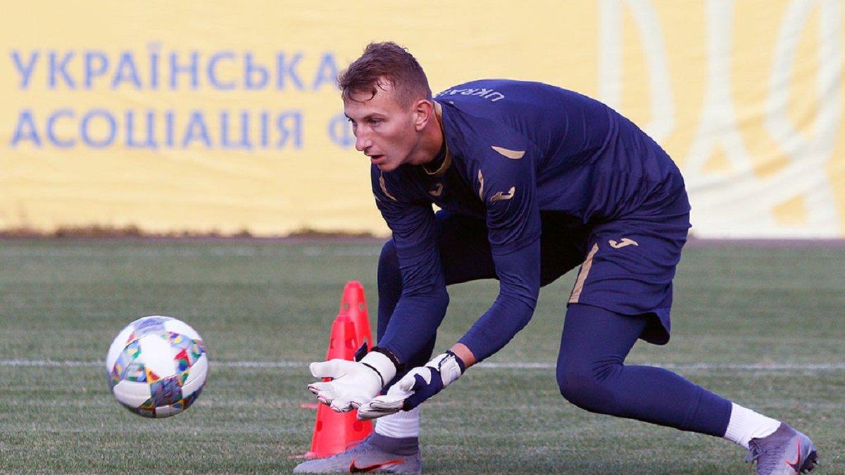 Сборная Украины сохранит Ризныка на матч против Испании – молодежка заменит чемпиона мира игроком Шахтера, – СМИ