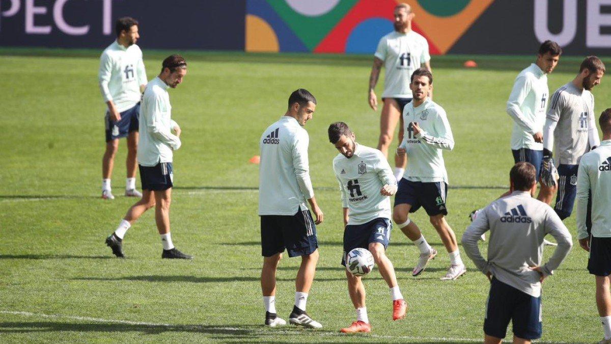 Украина – Испания: подопечные Луиса Энрике провели тренировку на НСК Олимпийский