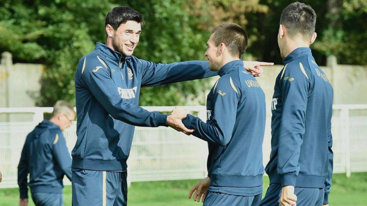 Головні новини футболу 12 жовтня: Україна завершує підготовку до Іспанії, Динамо може зіграти в ЛЧ без вболівальників