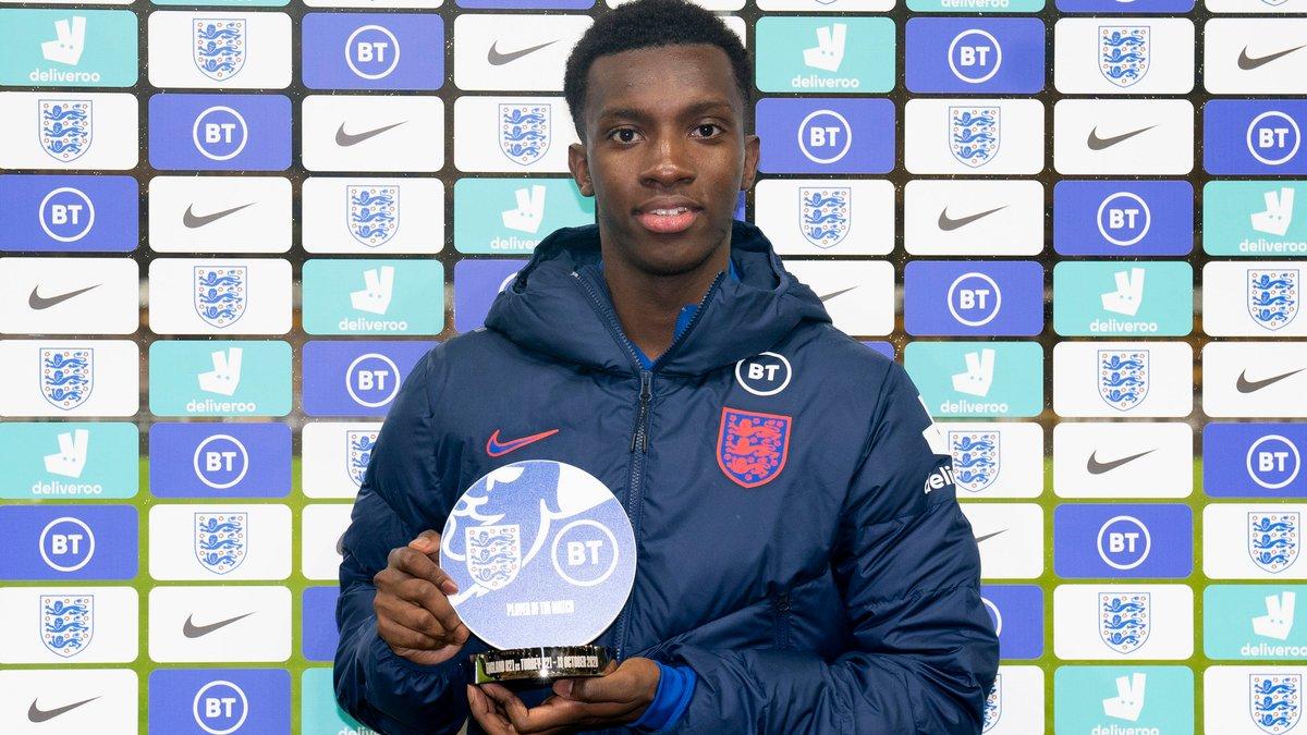 Нкетия побил рекорд Ширера в молодежной сборной Англии – как пройти путь от антигероя к герою за три минуты