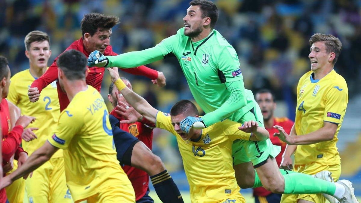 Бущан увірвався в топ, Польща обійшла грандів, історична казка Сан-Марино і проблеми Англії – Ліга націй вийшла на фініш