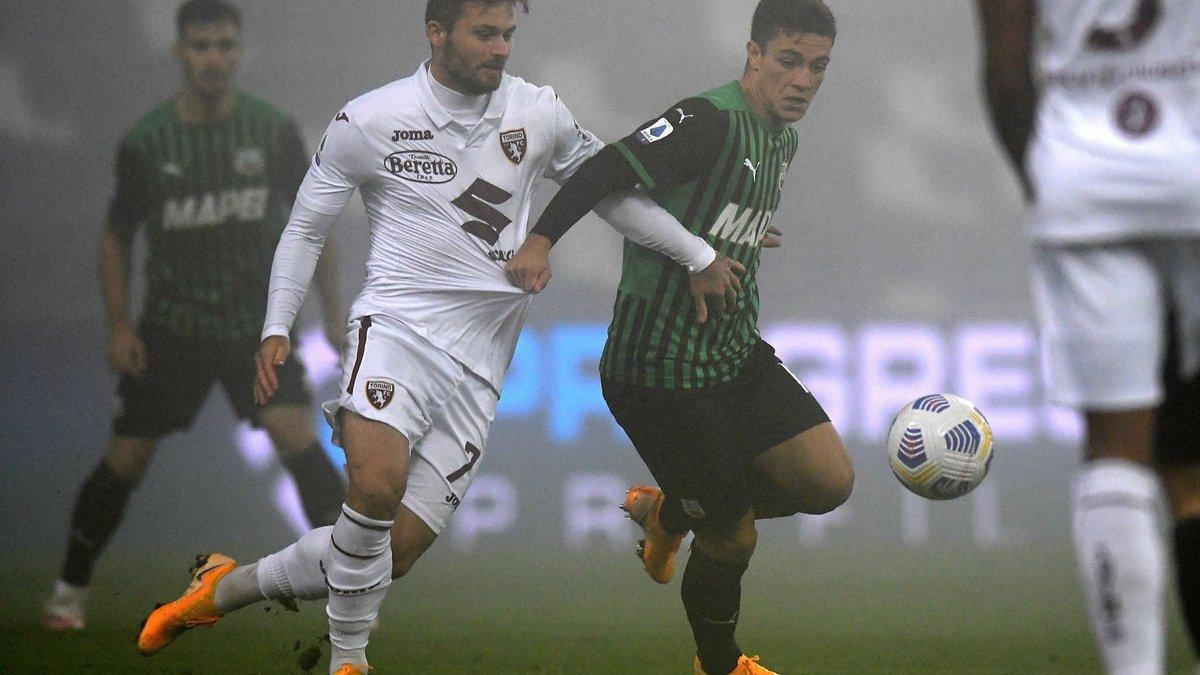 Туман едва не сорвал матч Серии А – Сассуоло потерял шанс стать лидером, спасшись в перестрелке с шестью голами