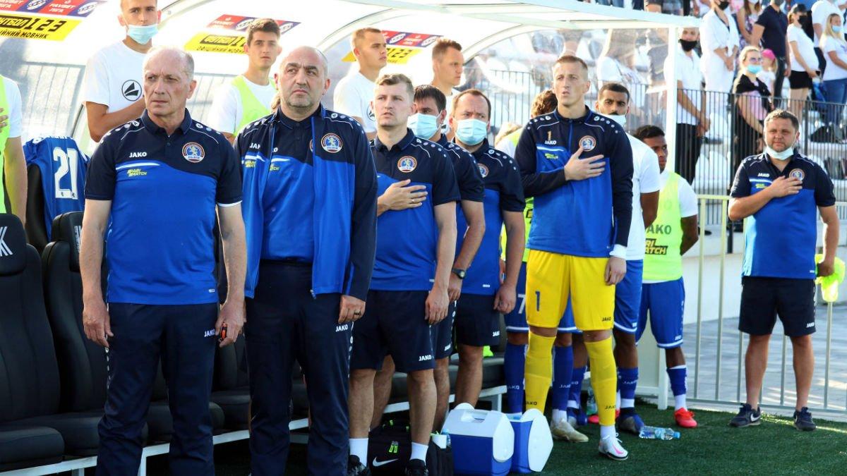 Головні новини футболу 25 жовтня: друга відставка в УПЛ, Динамо втратило новачка, українці запалили в Європі
