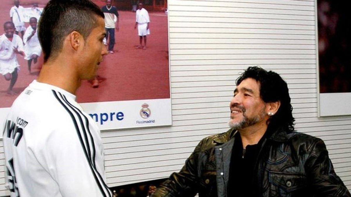 Марадона не смог выбрать лучшего в культовом противостоянии Месси и Роналду