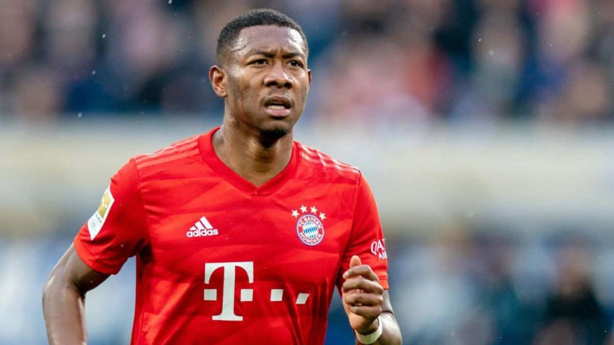 Баварія втретє не змогла продовжити контракт з Алабою