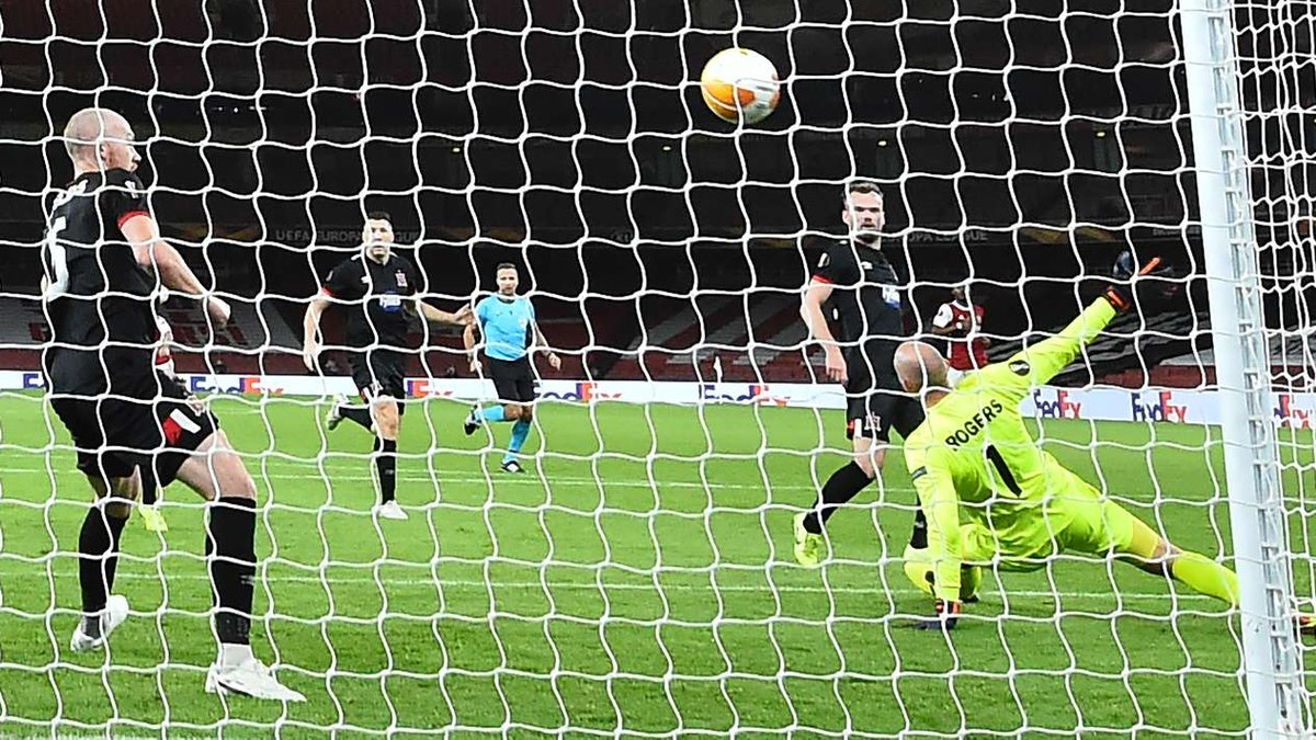 Дандолк установил уникальное достижение в матче Лиги Европы против Арсенала