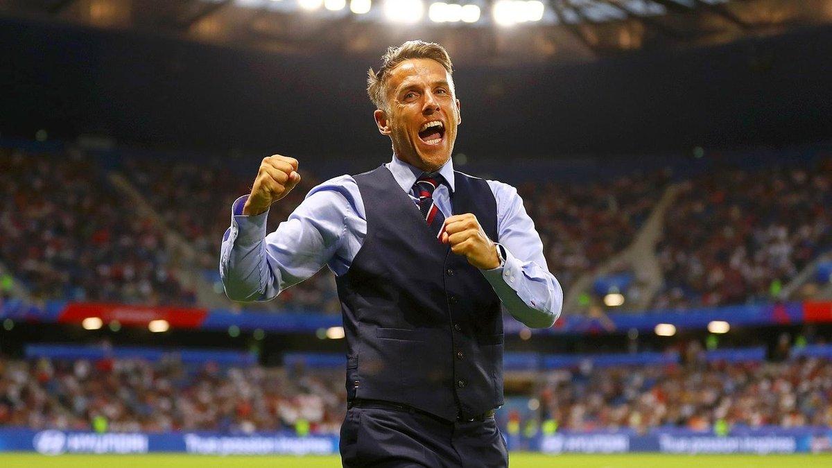Легенди Манчестер Юнайтед та Арсенала претендують на місце тренера у клубі Чемпіоншипу