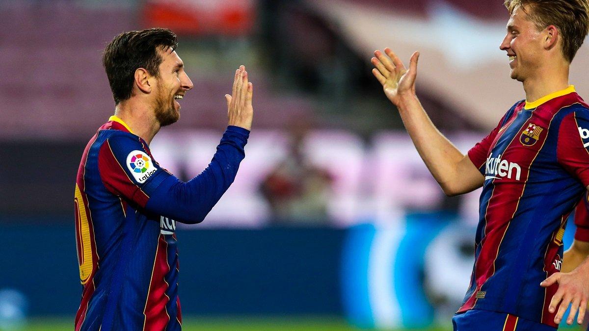 Барселона не достигла согласия с футболистами по уменьшению зарплаты – стороны взяли время на размышление