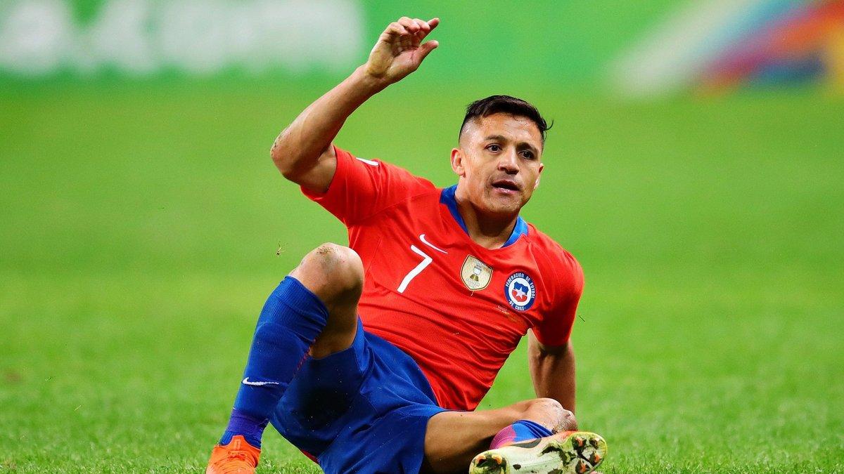 Санчес зазнав пошкодження у таборі збірної Чилі