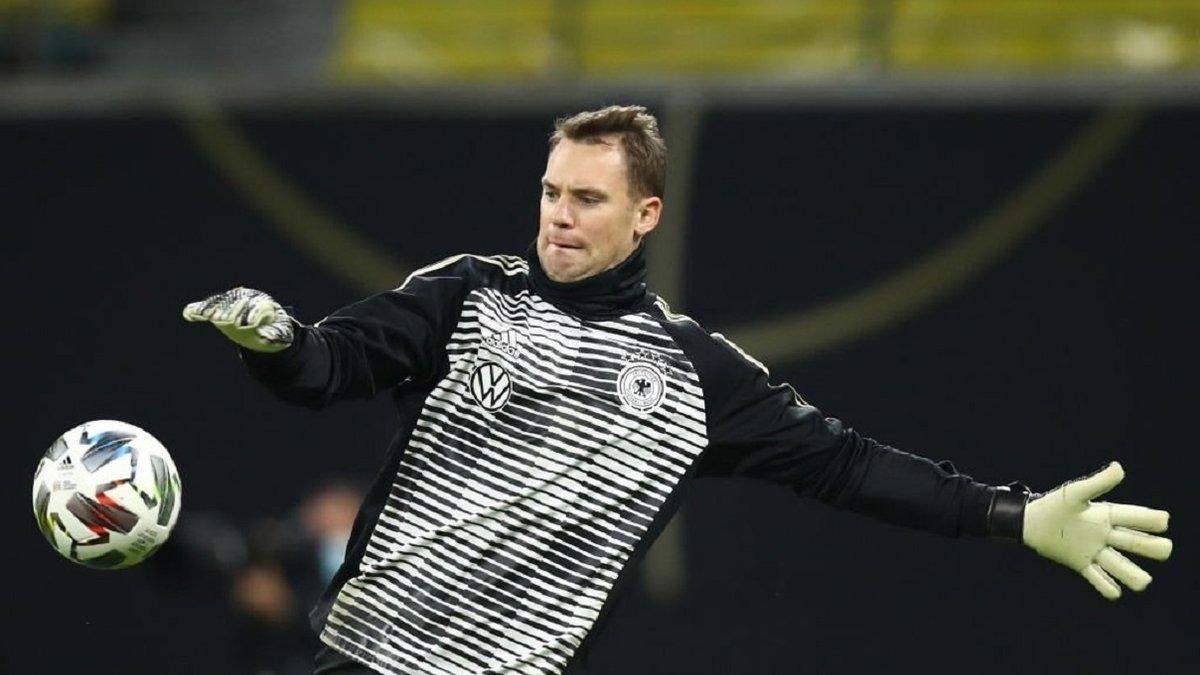 Нойер благодаря матчу против Украины повторил рекорд легендарного Майера