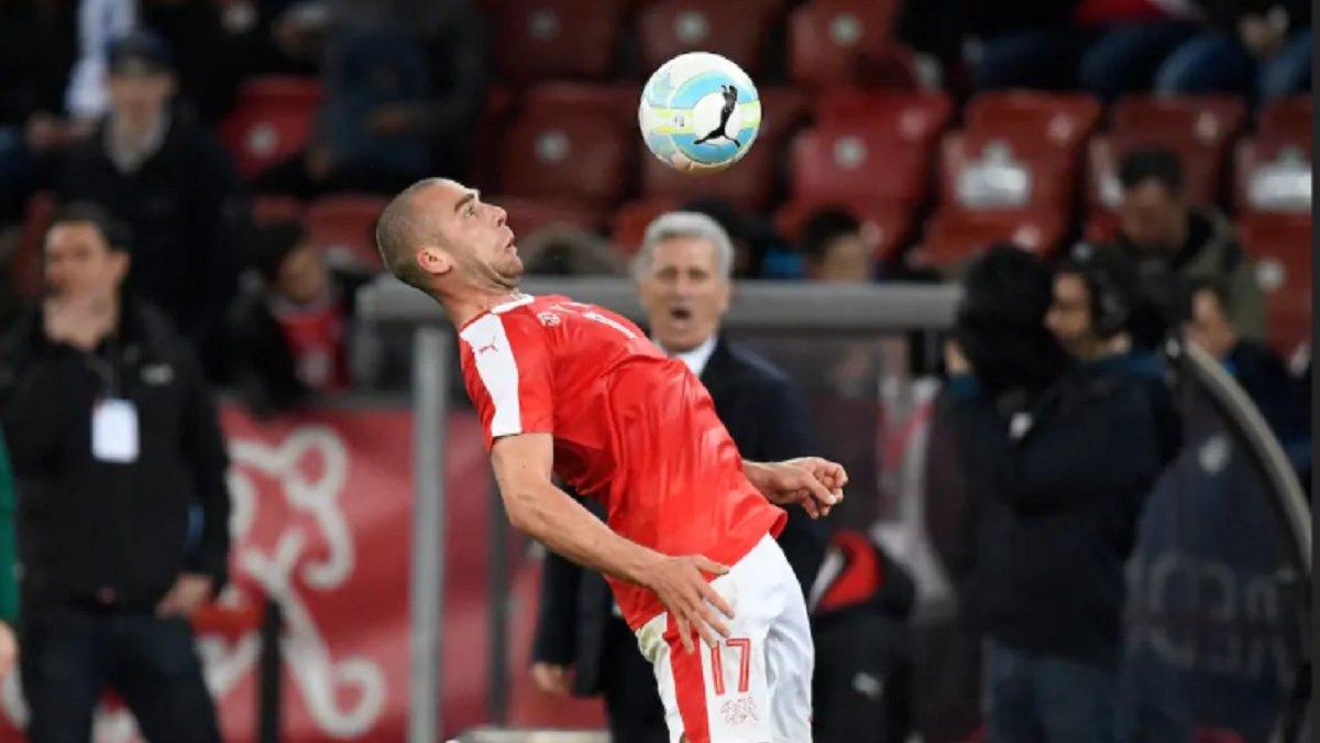 Швейцарія довикликала на матч з Україною футболіста, який не грав за збірну понад 4,5 року