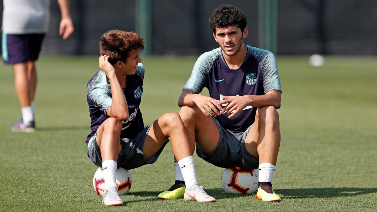 Барселона зимой будет искать новые команды для двух жемчужин академии – на Камп Ноу им не дают ни единого шанса