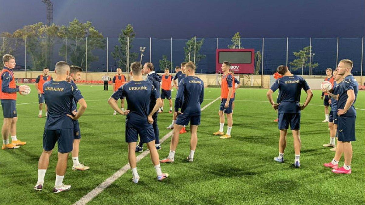 УАФ оголосила про коронавірус оборонця Динамо і ще двох гравців збірної України U-21 – Ротань довикликав тріо виконавців