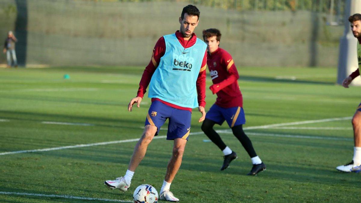 Барселона потеряла Бускетса на матчи против Динамо и Атлетико