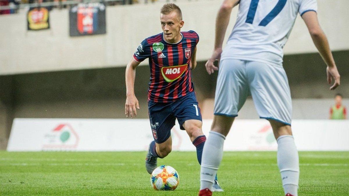 Петряк забил гол, сыграв 6 минут – Фехервар одержал разгромную победу и поднялся в топ-3
