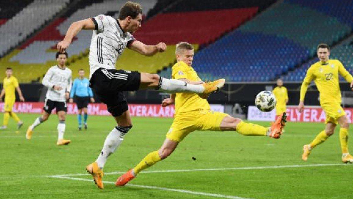 Зинченко объяснил, почему не попросил замену в матче против Германии – хавбек получил травму на старте поединка