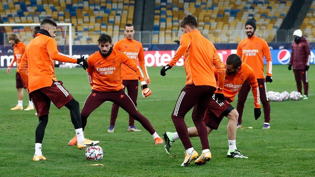 Усмішка Зідана та сконцентрований Лунін – як Реал тренувався перед матчем проти Шахтаря
