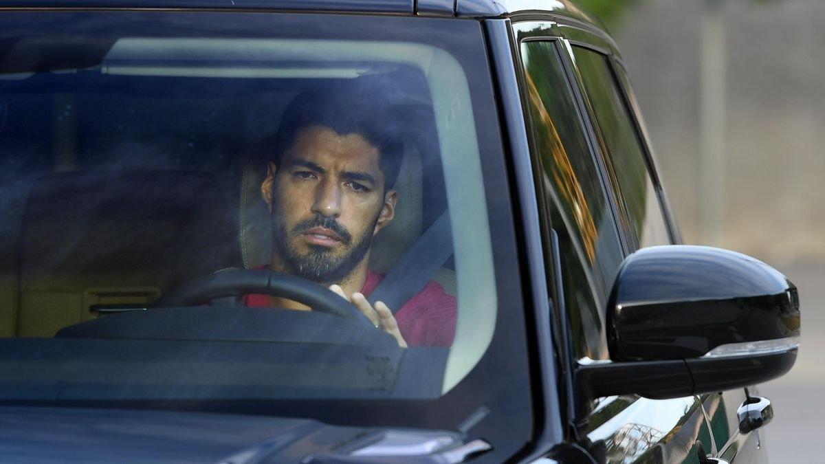 Суарес имел подписанный контракт с Ювентусом – новые детали в деле с экзаменом для получения итальянского паспорта