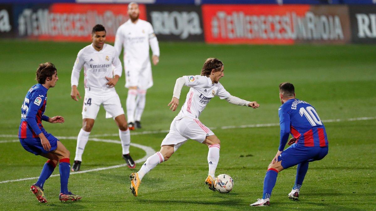 Реал победил Эйбар и догнал Атлетико на вершине турнирной таблицы Ла Лиги