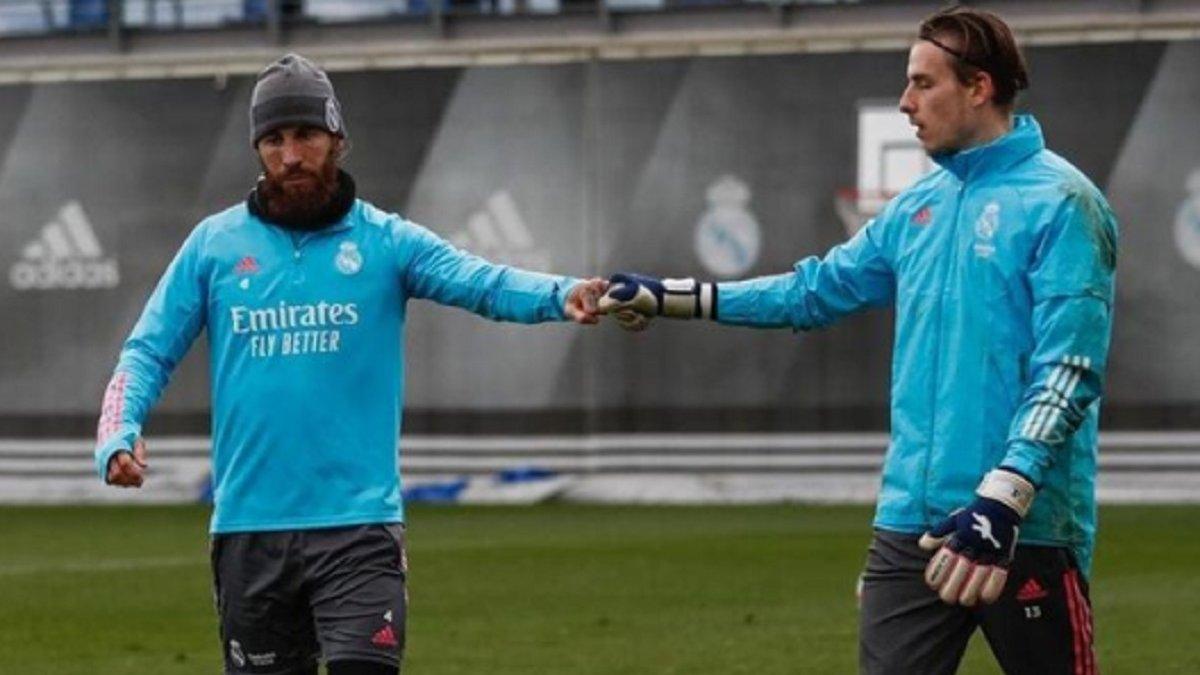 """""""Відпочинок закінчився"""": Лунін повернувся до тренувань з Реалом"""
