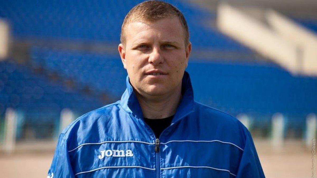 Кристалл остался без директора – клуб раньше попрощался с 15-ю игроками