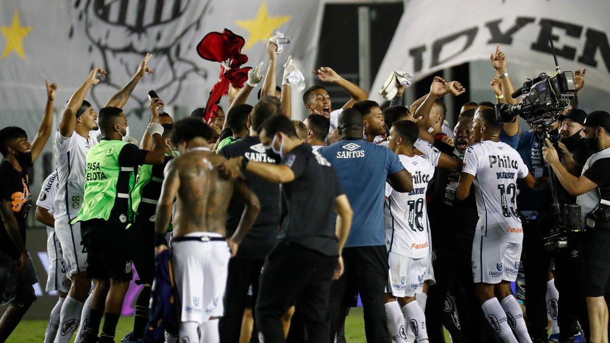 Сантос розгромив Бока Хуніорс та став другим фіналістом Кубка Лібертадорес