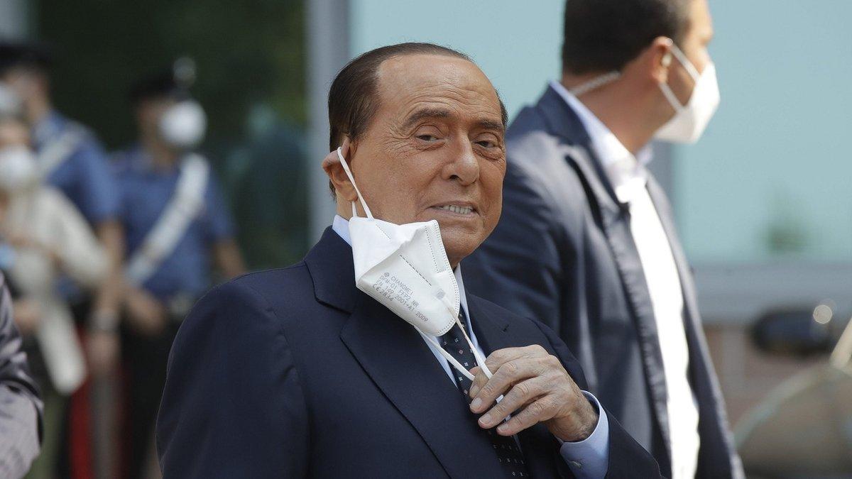 Берлускони попал в больницу из-за проблем с сердцем