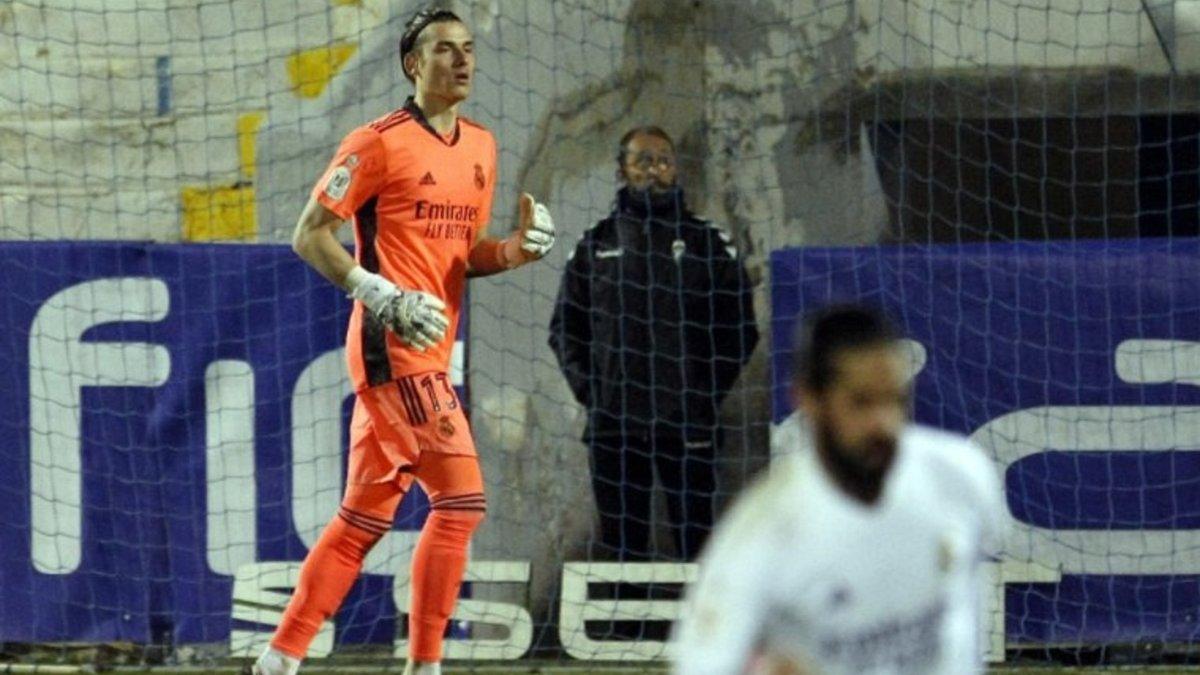 Кошмар. Іспанські ЗМІ оцінили дебютний матч Луніна за Реал – що сказав українцеві Каземіро