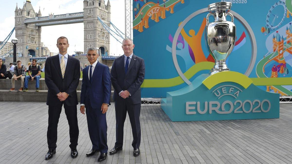УЄФА повернувся до ідеї Євро-2020 в одній країні, – Румменігге