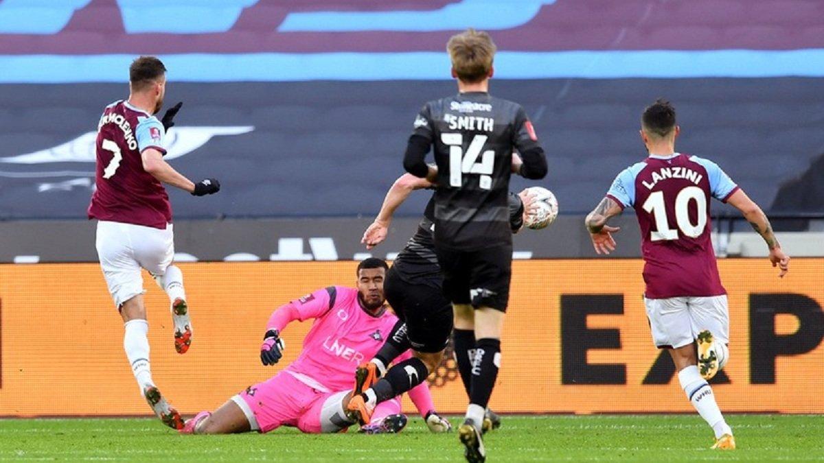 Ярмоленко отметился третьим голом в сезоне – вингер Вест Хэма элегантно перебросил голкипера