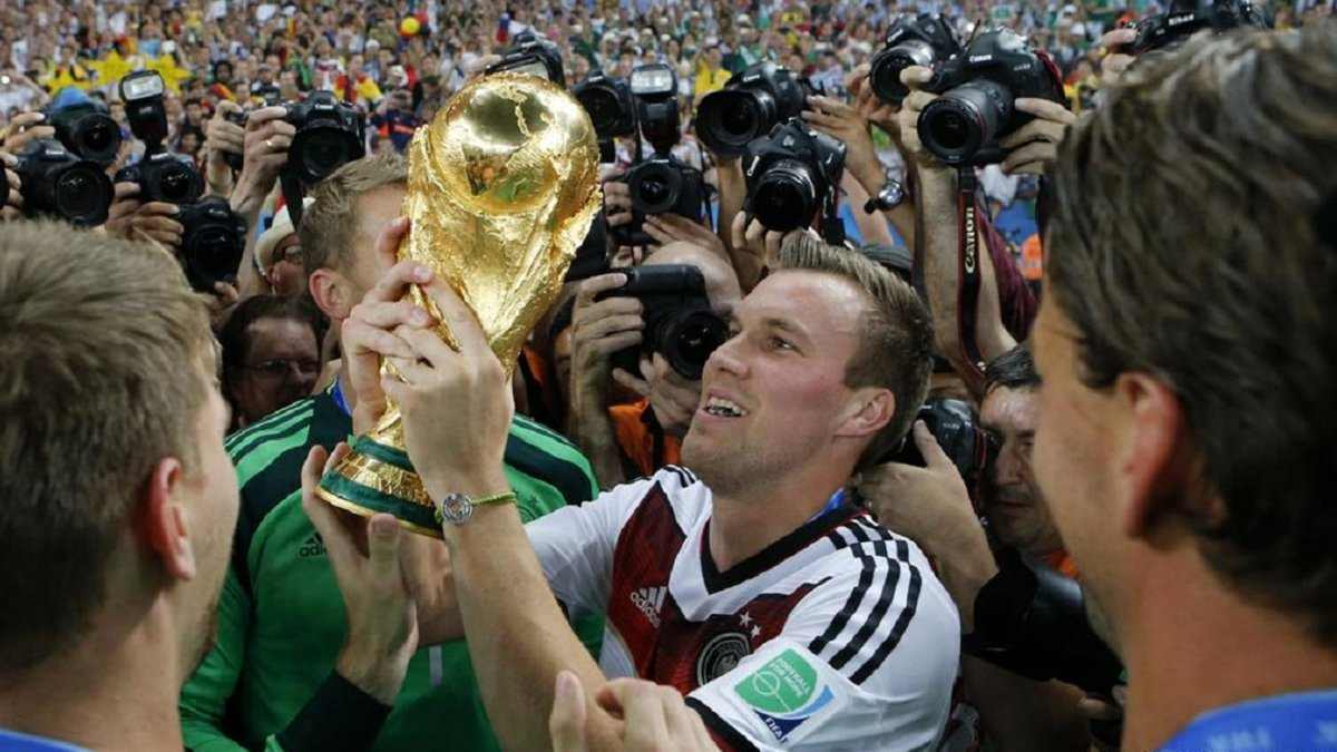 Чемпион мира Гросскройц завершил карьеру в возрасте 32 лет