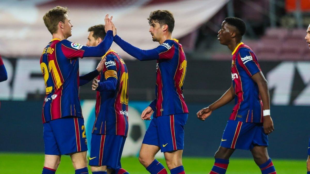 Дубли Месси и Тринкау в видеообзоре матча Барселона – Алавес – 5:1