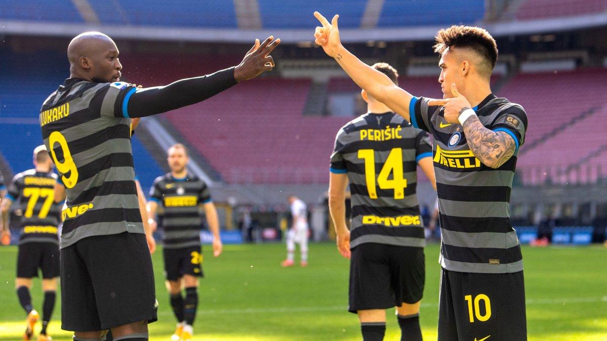 Интер разгромил Дженоа, Наполи уверенно победил Беневенто, Кальяри прервал 16-матчевую безвыигрышную серию