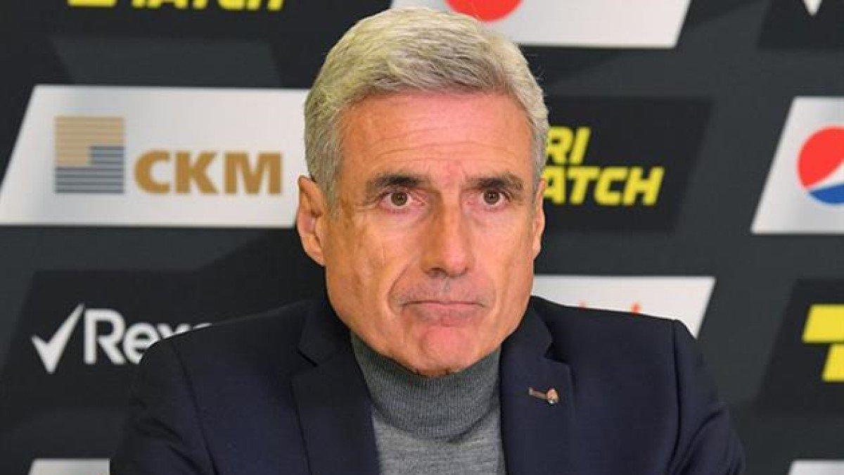 Рафаїлов дошкульно пояснив відсутність Каштру у списку номінантів на звання найкращого тренера України
