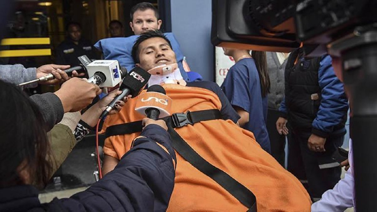 Уцелевший из авиакатастрофы Шапекоэнсе выжил в ужасном ДТП – падение автобуса со 150 метров унесло жизни 21 человека