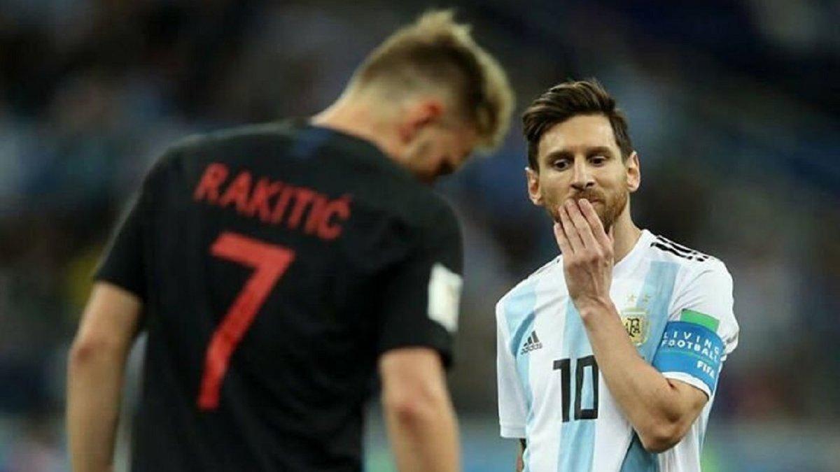 Ракитич похвастался перед Месси трофеем Лиги Европы
