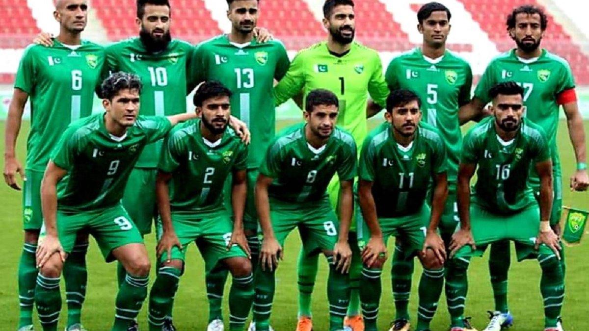 ФІФА дискваліфікувала дві національні збірні