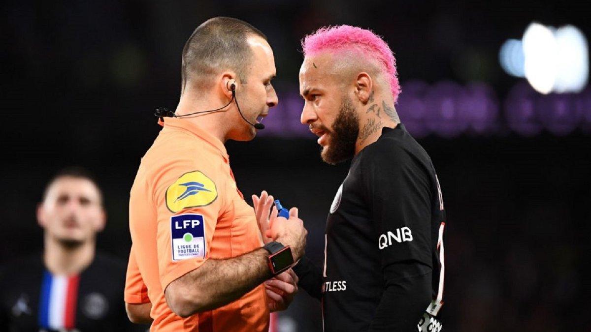 Неймар отримав покарання за свою неспортивну поведінку у матчі проти Лілля