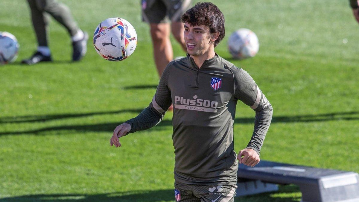 Атлетико потерял еще одного нападающего