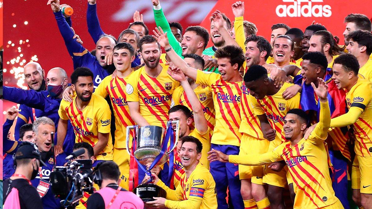 """Барселона виграла Кубок Іспанії, знищивши Атлетік: """"блаугранас"""" готові до чемпіонства, нові рекорди Мессі, де Йонг – MVP"""