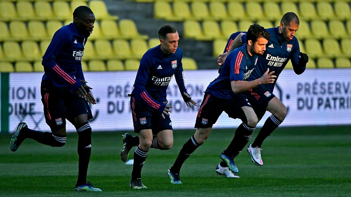 Лига 1: Монако не пустил ПСЖ в отрыв, Лион закрутил чемпионскую интригу
