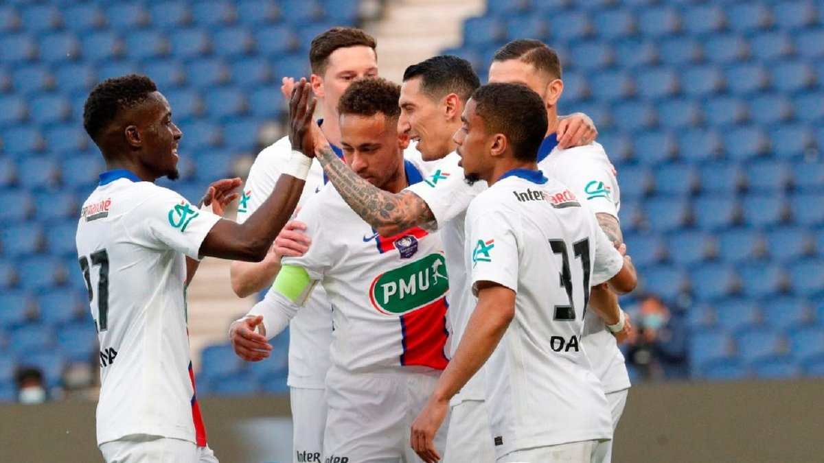 ПСЖ уничтожил Анже за путевку в полуфинал Кубка Франции, Монако неожиданно выбил Лион