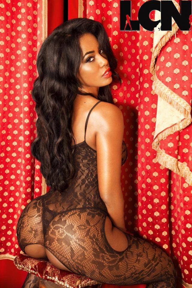 Фотосессии для проституток жопы трусах короткая