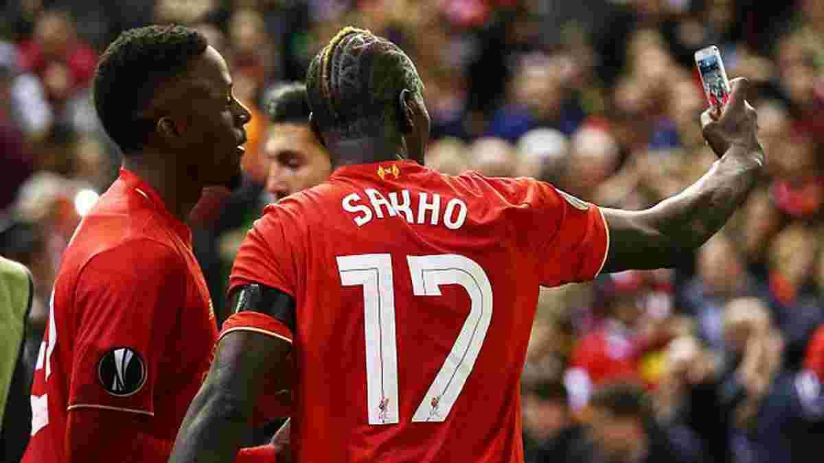"""Фанат """"Ливерпуля"""" обнаружил селфи Сахо и Ориджи на своем потерянном телефоне"""